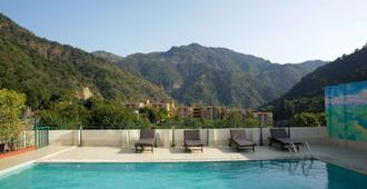 Comfort Hotel Dewa Retreat - Rishikesh - Pool