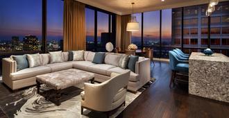 The Westin Oaks Houston at the Galleria - Houston - Living room