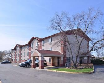 Rodeway Inn Waukegan - Gurnee - Waukegan - Gebäude