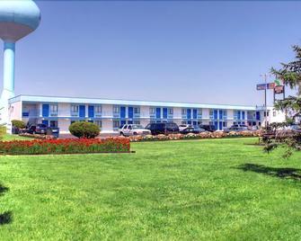 Country Host Motel - Monee - Gebäude