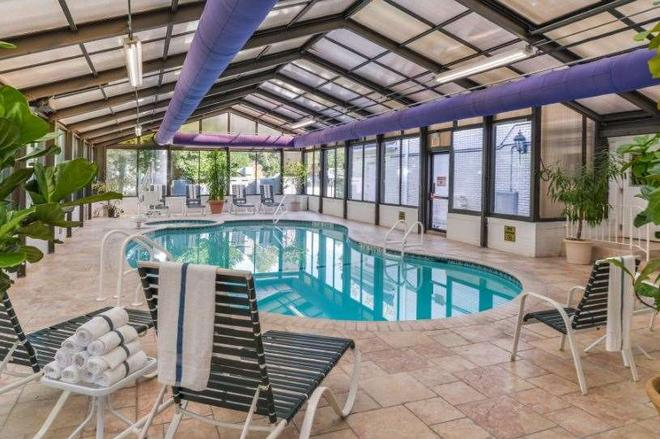 The Madison Hotel - Morristown - Pool