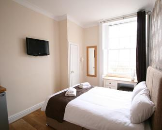 Central Studios Albion By Roomsbooked - Cheltenham - Bedroom