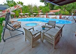 Yeni Doga Hotel - Dalyan (Mugla) - Pool