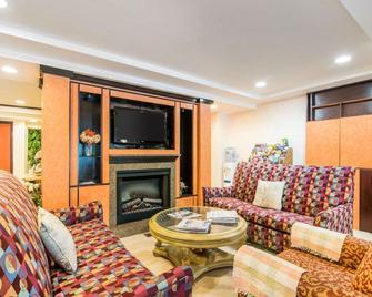 Quality Inn - Ashland - Wohnzimmer