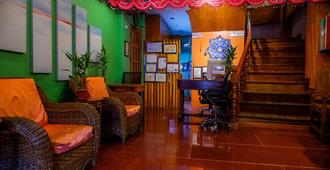 Tinhat Boutique Hotel And Restaurant - Davao City
