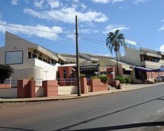 Hotel Varandas Araraquara - Araraquara - Gebäude