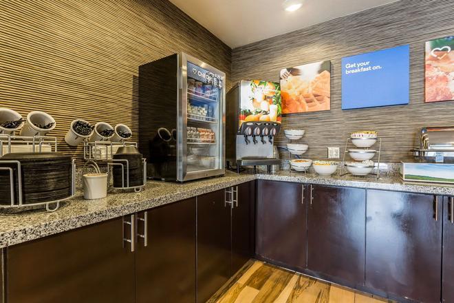 Comfort Inn & Suites Newcastle - Oklahoma City - Newcastle - Buffet