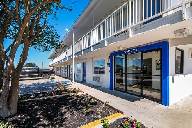6 號汽車旅館 - 科珀斯克里斯蒂西北 - 柯柏斯克里斯提 - 考帕克利士替 - 建築