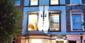 Simply Rooms & Suites - Londra - Bina