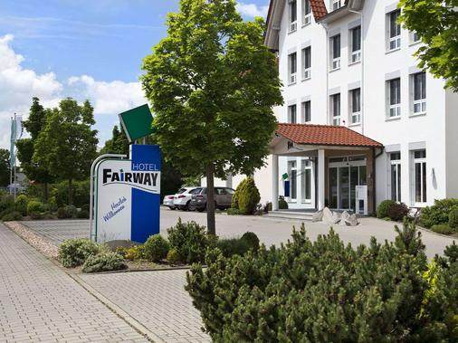 Fairway Hotel - Sankt Leon Rot - Building