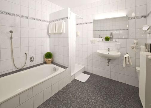 Fairway Hotel - Sankt Leon Rot - Bathroom