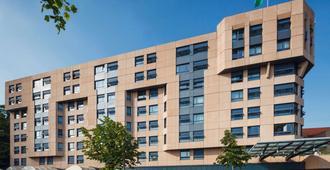 Mövenpick Hotel Lausanne - Lausanne - Building
