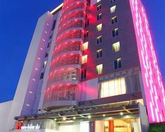 Swiss Belinn Ska Pekanbaru - Pekanbaru - Building