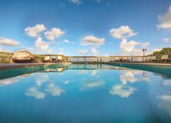 Lime Tree Bay Resort - Islamorada - Pool