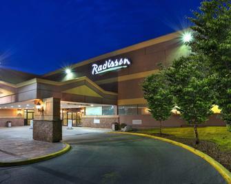 Radisson Hotel Sudbury - Садбери - Здание
