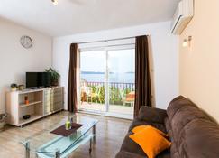 Guest House Fontana - Mlini - Stue