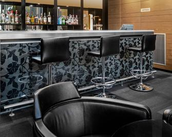 AC Hotel Som by Marriott - L'Hospitalet de Llobregat - Bar