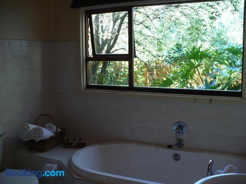Armagh Country Lodge & Spa - Stormsrivier - Bathroom