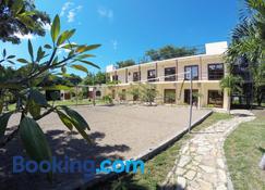 Surf Ranch Hotel & Resort - San Juan del Sur - Edificio