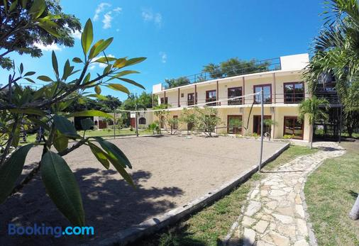 Surf Ranch Hotel & Resort - San Juan del Sur - Building