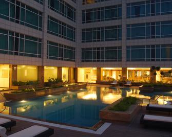 Country Inn & Suites by Radisson,Sahibabad / Noida - Ghāziābād - Bazén