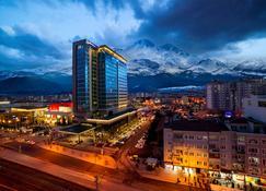 Radisson Blu Hotel, Kayseri - Kayseri - Außenansicht