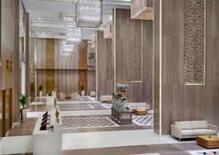 多哈西灣溫德姆飯店 - 多哈 - 大廳