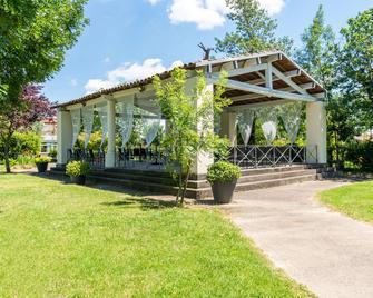 Best Western Plus Le Canard Sur le Toit - Colomiers - Building