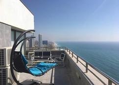 Carmel Apartments - Netanya - Balcón