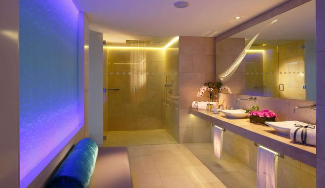 The Morrison, a DoubleTree by Hilton Hotel - Dublin - Bathroom