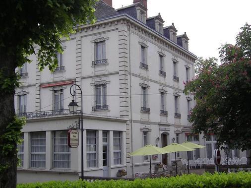 Hôtel des Thermes - Ygrande - Building