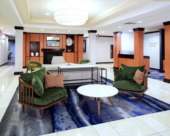 Fairfield Inn & Suites Milledgeville - Milledgeville - Salónek