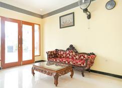 Majapahit Homestay Syariah - Banyuwangi - Living room