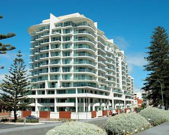 Oaks Glenelg Liberty Suites - Glenelg - Building