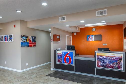 Motel 6 Waxahachie - Waxahachie - Rezeption