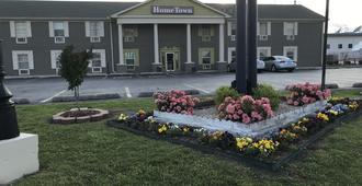 Hometown Inn & Suites - Tulsa