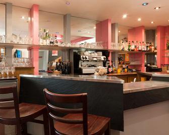 The Originals City, Hôtel Le Cheval Rouge, Tours Ouest (Inter-Hotel) - Villandry - Бар