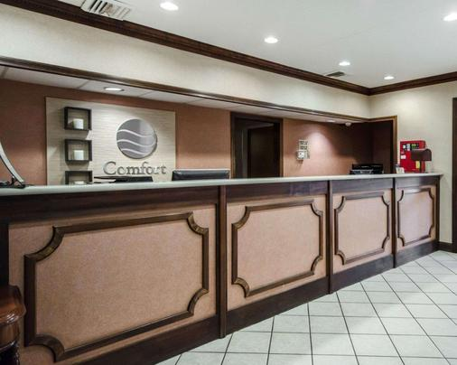 Comfort Inn - Henderson - Front desk