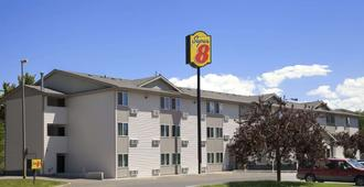 Super 8 by Wyndham Pocatello - Pocatello - Κτίριο