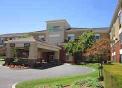 Extended Stay America - Fremont - Fremont Blvd. South - Fremont - Building