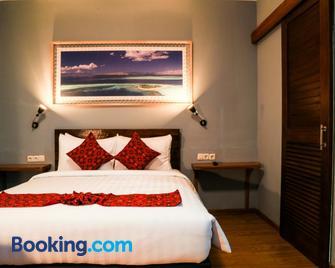 Wae Molas Hotel - Labuan Bajo - Slaapkamer