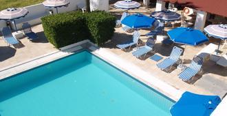 Nathalie Hotel - Ialysos