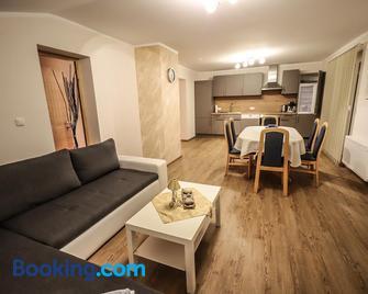 Landhaus zur Tanne - Feld am See - Living room