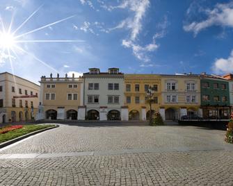 Hotel U Zlatého kohouta - Kroměříž - Outdoor view
