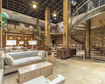 Proximity Hotel - Greensboro - Lounge