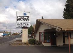 Sonoma Lodge - בנד - בניין