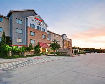 TownePlace Suites by Marriott Dallas Lewisville - Lewisville - Building