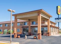 Super 8 by Wyndham Tucumcari - Tucumcari - Building