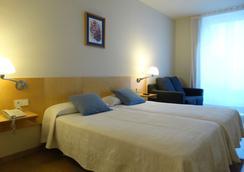 Hotel Rambla - Figueres - Bedroom