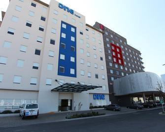 One Querétaro Centro Sur - Santiago de Querétaro - Building